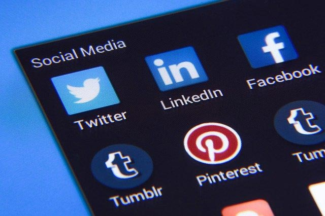 choose the best social media platform for small business